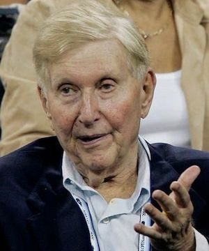 Sumner Redstone, who built vast media empire including CBS and Viacom, dead at 97.